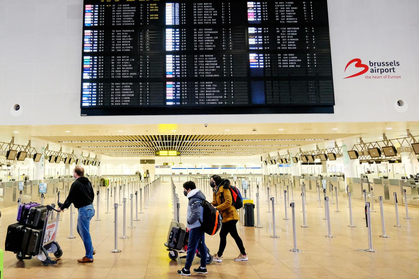 De man zocht actief naar doelwitten op de luchthaven