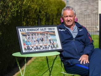 """Luc Limpens (Eendracht Aalst) over de tijd van toen: """"Na eindrondewinst op Turnhout vormden duizenden mensen een erehaag bij aankomst aan het Pierre Cornelisstadion"""""""