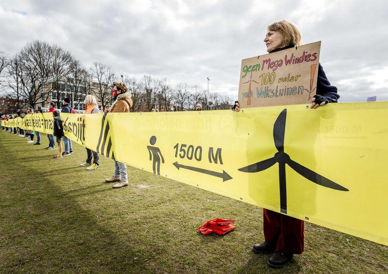 Protest tegen windmolens in Amsterdam.  Beeld ANP