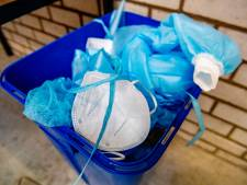 Coronateststraten voeren afval niet goed af: 'Ze doen het gewoon in de prullenbak'
