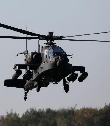 Vrijspraak voor vader en zoon na beschijnen Apache met laserpen: 'Niet te bewijzen'