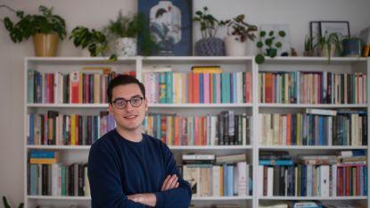 """Jochen De Vos (27) brengt vanaf februari boeken uit met zijn eigen literair platform Karakters: """"Literatuur moet af van dat stoffig imago"""""""