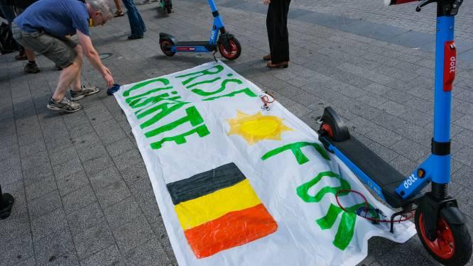 Solidariteitsactie voor slachtoffers watersnoodramp brengt 60-tal mensen op de been