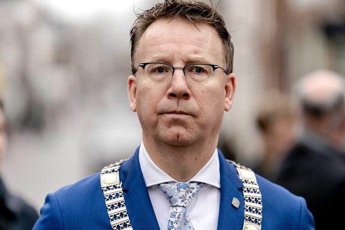 Burgemeester Patrick van Domburg.