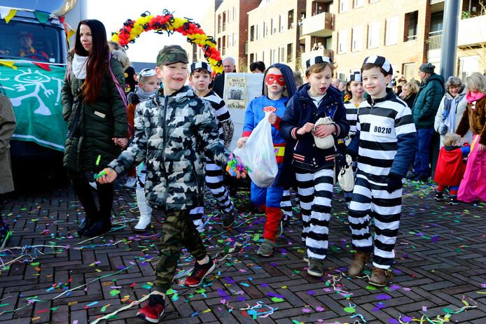 Volop feest in Kaatsheuvel, tijdens de kinderoptocht.