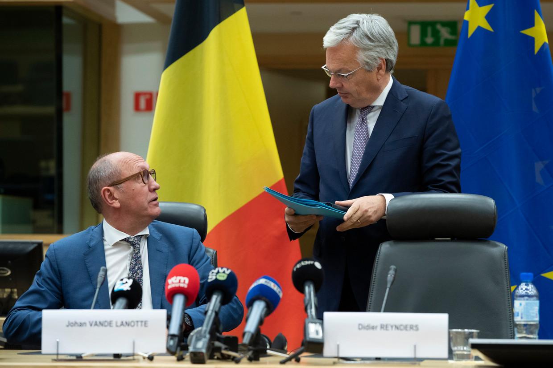 Informateurs Johan Vande Lanotte (sp.a) en Didier Reynders (MR), september 2019. Beeld Photo News
