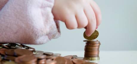 Explosieve stijging hulpvragen van ouders die schoolreisje of sportclub van kind niet kunnen betalen