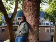 Amsterdam maakt toch geld vrij voor behoud stadsdichter
