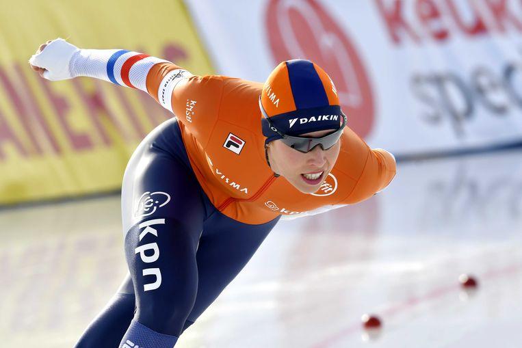 Antoinette de Jong op de 1500 meter tijdens het EK allround.  Beeld ANP