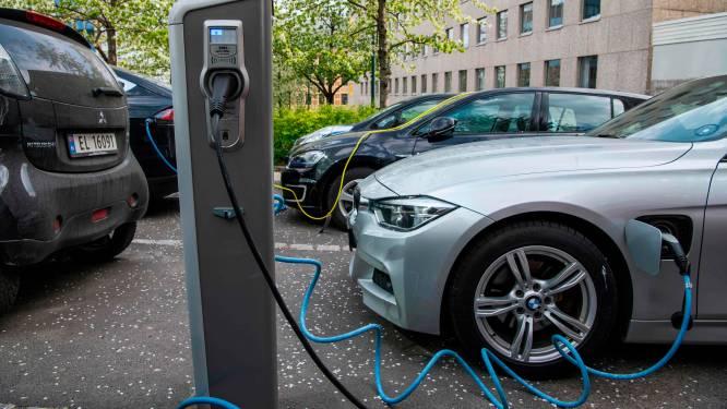 Ce pays pourrait vendre sa dernière voiture avec moteur à combustion en avril