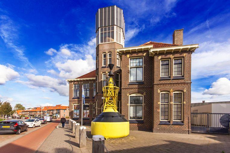De Visserijschool biedt nu onderdak aan het IJmuider Zee- en Havenmuseum. Beeld Sander Groen