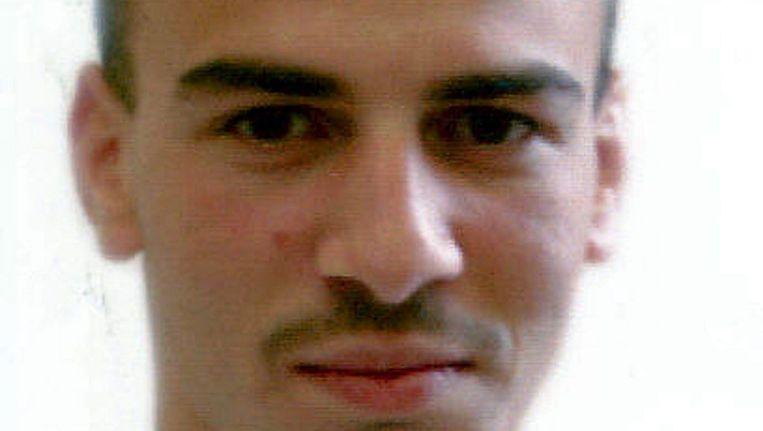 Ashraf Sekkaki (foto uit 2003) ontsnapte in juli 2009 met een helikopter uit de gevangenis van Brugge. Twee medeplichtigen hadden die gehuurd en dwongen de piloot naar de gevangenis te vliegen. Beeld BELGA