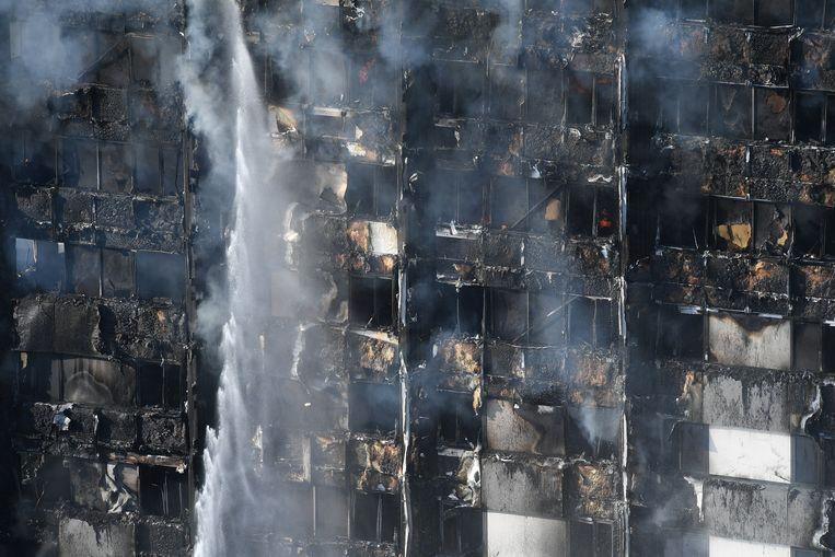 Bij de brand kwamen zeker 71 mensen om het leven.