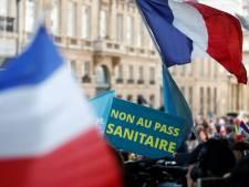 Le Sénat français adopte le projet de loi largement modifié de l'extension du pass sanitaire