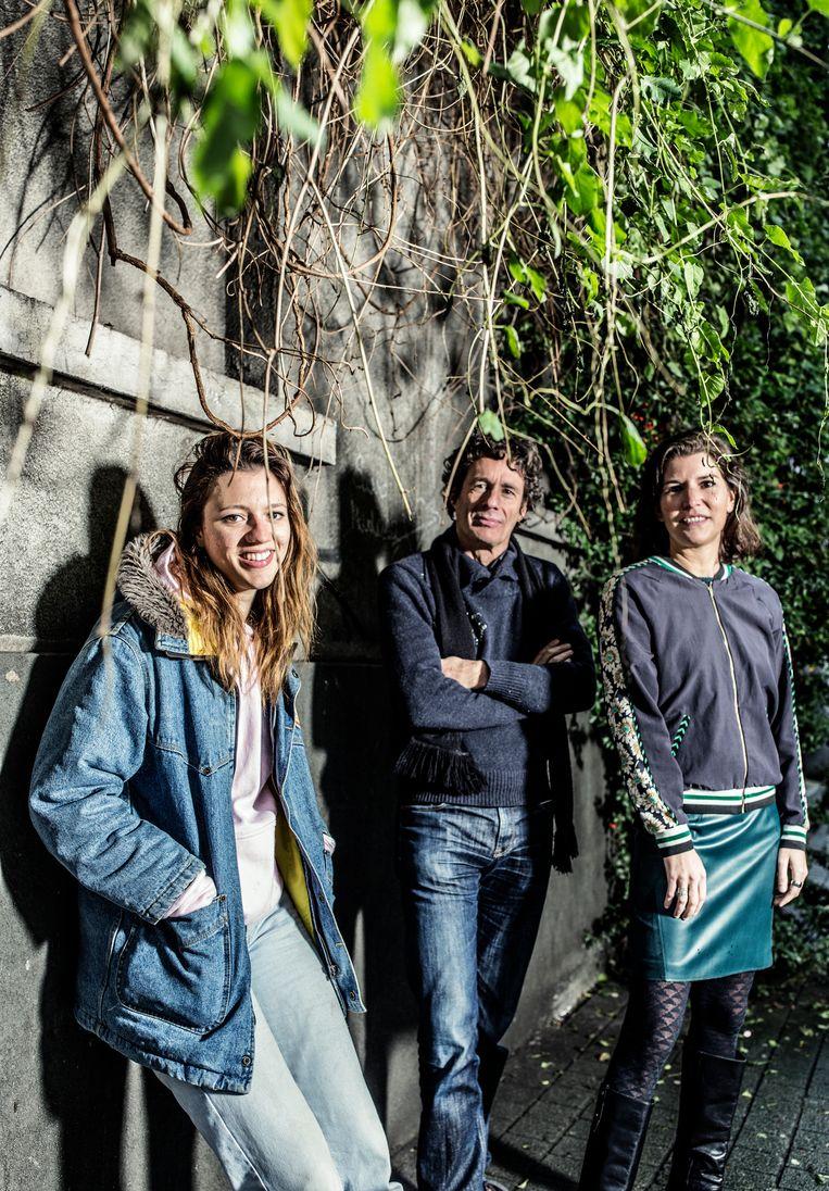 Anemone Valcke, Dirk Draulans en Valerie Van Peel. Beeld Franky Verdickt