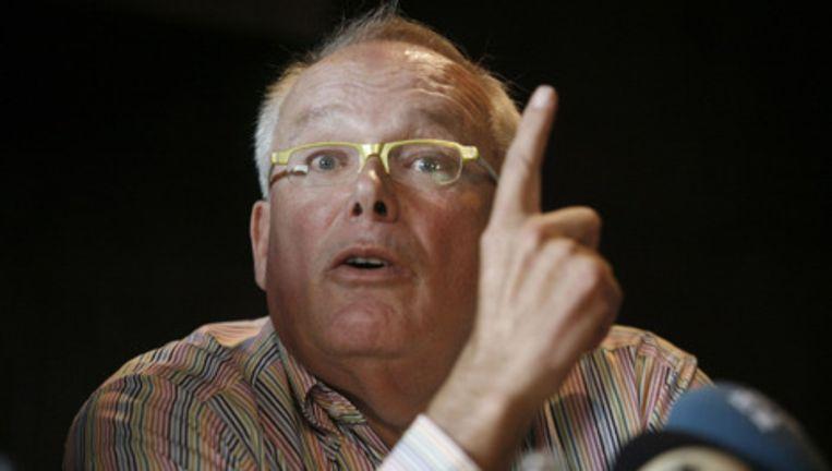 Charles Geerts (ook bekend als Dikke Charles) tijdens een persconferentie. Archieffoto GPD Beeld