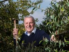 Een praatje, een sigaretje en een glas, oud-wethouder Jos van Son (67) uit Rosmalen overleden