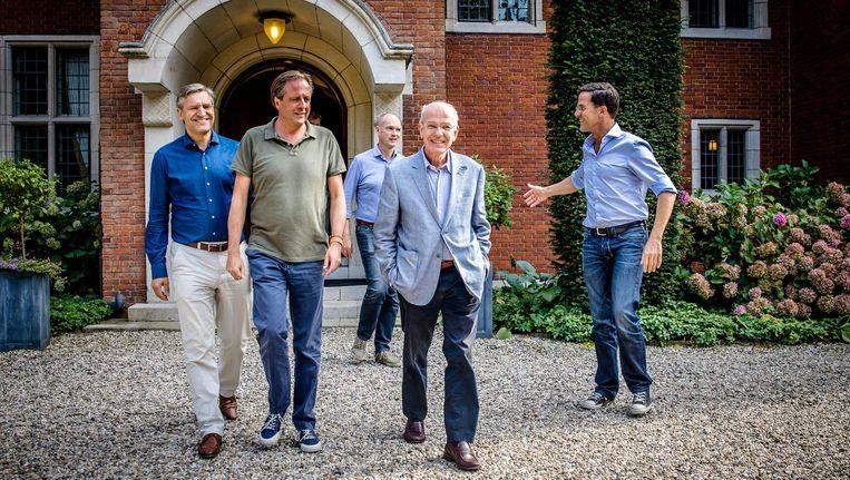 Een deel van de gesprekken tussen de vier aanstaande coalitiepartijen vond plaats op een landgoed in Hilversum. Beeld anp