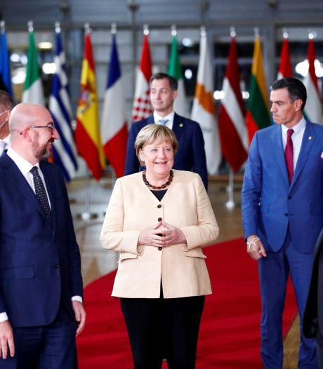 Europa zwaait Angela Merkel uit: warm afscheid van één van zijn trouwste steunpilaren