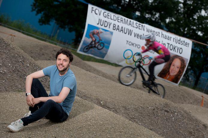 Leon Baauw op de crossbaan van FCV Geldermalsen, waar hij en zus Judy ooit begonnen met fietscross.