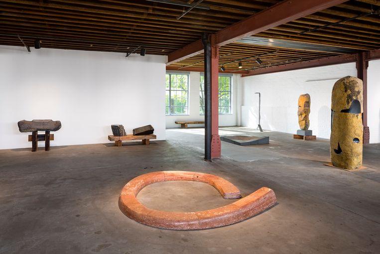 Isamu Noguchi opende in 1985 zijn eigen museum in New York. Het heeft een serene beeldentuin en meerdere toonzalen met eigen werk. Beeld RV