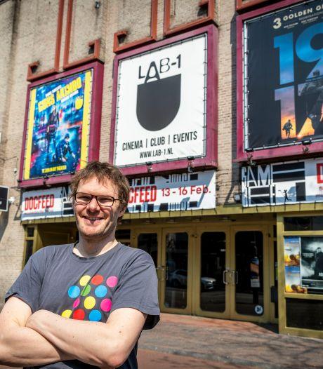 Gemeente belooft LAB-1 een extra put achter bioscoop