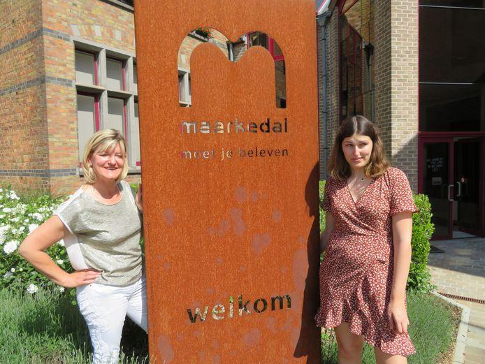 Schepen Isabel Van Quickelberghe (links) en deskundige vrije tijd Jasmien Geenens.
