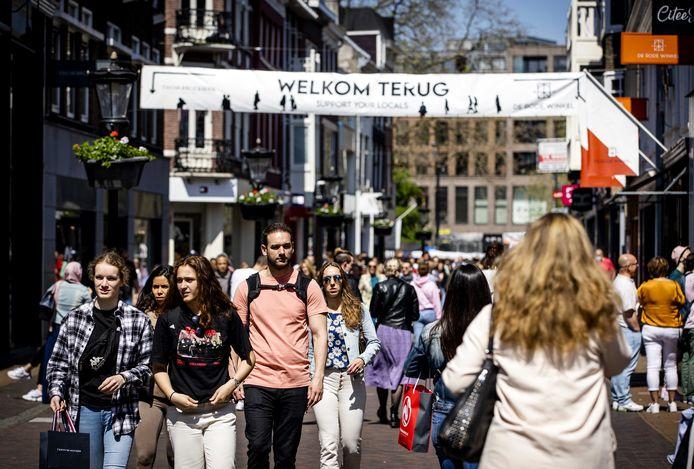 Een groep van ruim duizend centrumbewoners vreest dat hun leefomgeving in de toekomst wordt prijsgegeven aan de commercie en het toerisme.