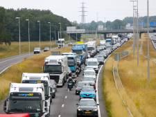 Deel snelweg A50 in november in de nacht compleet dicht door werkzaamheden