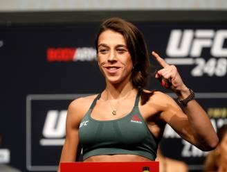 MMA-vechtster bewijst opnieuw dat ze harde tante is: gruwelijke beenblessure houdt haar niet weg van training