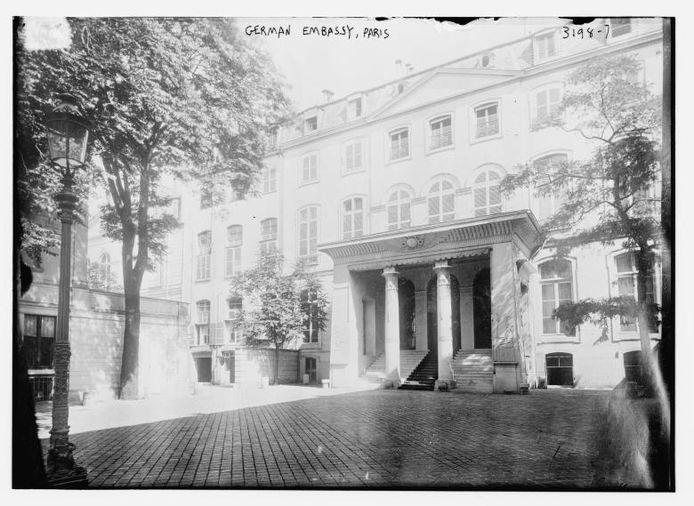 De Duitse ambassade in Parijs