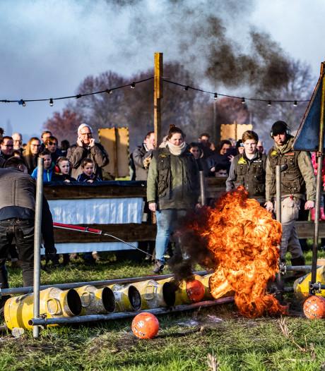 Carbidschieten op oudejaarsdag in Epse: gezellig, máár geen deksels en boze buren