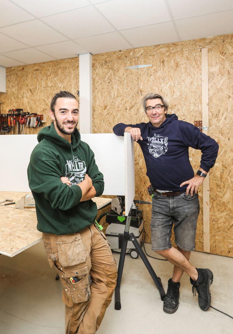 Paul en zoon Julio in hun werkplaats in Noord. Beeld Eva Plevier