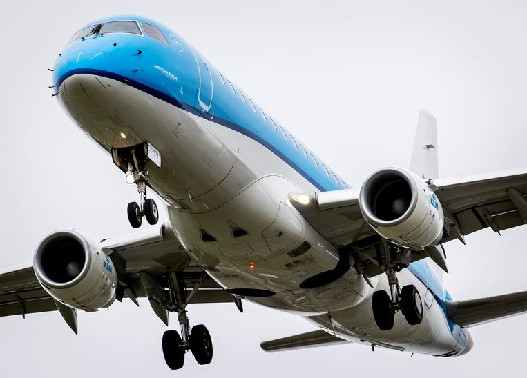 KLM krijgt van het kabinet voorlopig geen staatssteun meer, omdat de vakbond voor piloten niet voor vijf jaar een loonoffer wil doen. Daarmee staat de toekomst van KLM op het spel. Beeld Hollandse Hoogte /  ANP