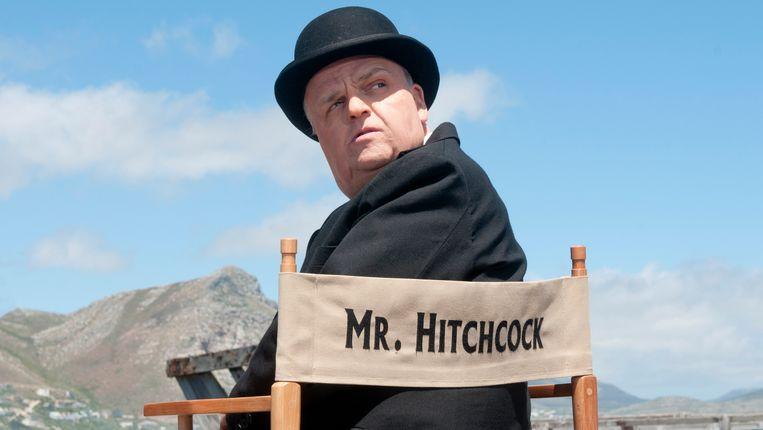 Toby Jones speelt Hitchcock in 'The Girl'. Beeld AP
