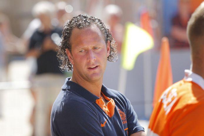 Oud-voetballer Niels Kokmeijer raakte zo zwaar geblesseerd na een sliding dat hij moest stoppen met voetballen.