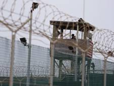 Amerikaanse gevangenen beloond voor redden van bewaker