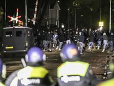 Zeven arrestaties voor rellen De Graafschap, twee ME'ers lichtgewond: 'Er is heel fors geweld gebruikt'
