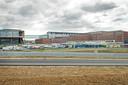 Naast het eigenlijke ziekenhuisgebouw is er ook een logistiek gebouw, een leer- en innovatiecentrum en een power plant.