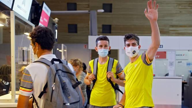 Meteen weg naar volgend doel: Wout van Aert checkt in op luchthaven voor lange reis naar Tokio