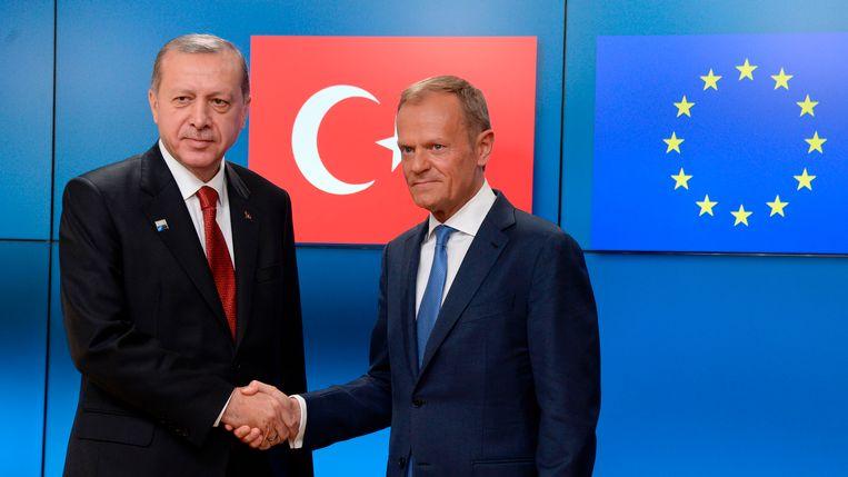 NAVO top: media zwijgen over potentieel conflict rondom toetreding Turkije tot de EU