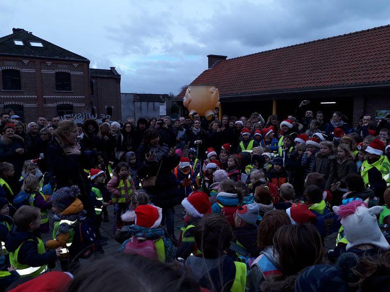 De kinderen van De Wijsneus zijn klaar voor de feestdagen.