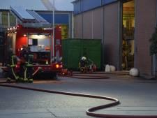 Gasfles vliegt in brand bij Visser Techniek in Zevenhuizen