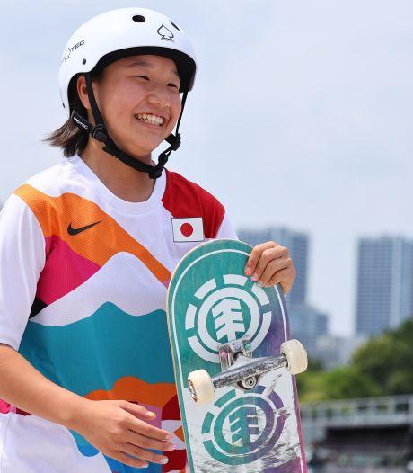 La Japonaise Nishiya, 13 ans, première championne olympique de l'histoire en skateboard