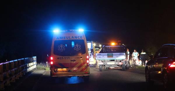 Fietser van achteren aangereden in Ede: ernstig gewond.