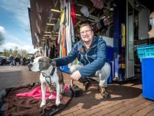 Weekmarkt Helmond eindelijk als vanouds, zelfs hond Diva is weer helemaal 'zen'
