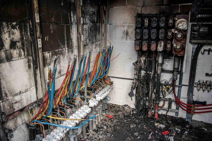 Door brand in een transformatiehuisje zat een deel van Cadzand-Bad zonder stroom.