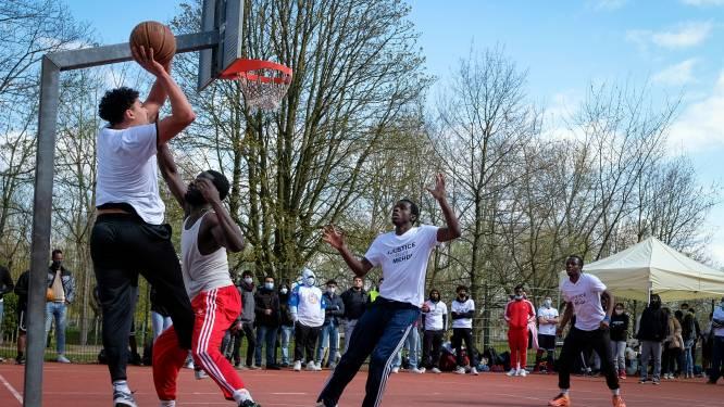 Basketbalplein in Anderlecht vernoemd naar omgekomen Mehdi (17)