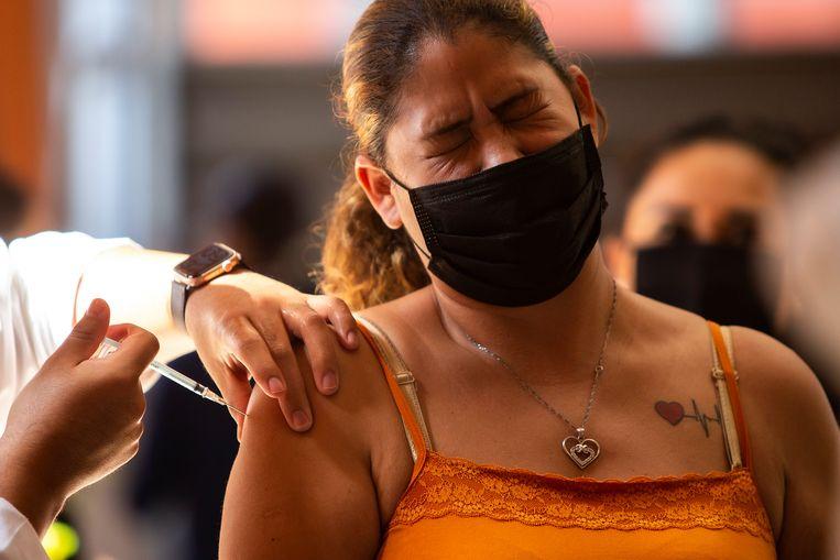 Vaccinatie in Tijuana, Mexico. Beeld Getty Images