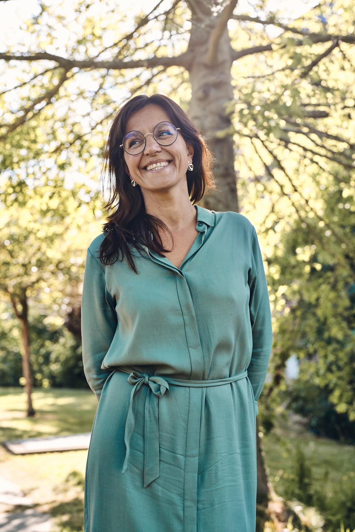 Stephanie De Maesschalck: 'Ik zag veel kinderen met buikpijn of kinderen die verdikt zijn. Door slechte voeding, maar vooral door een gebrek aan beweging. Die coronakilo's zijn echt een issue.' Beeld Thomas Nolf